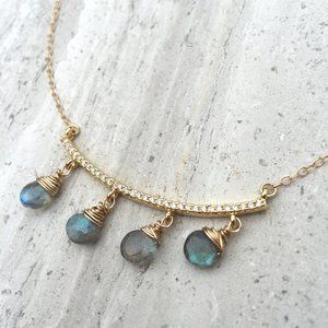 CZ bar and Labradorite dangles Necklace — Gold